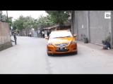 Механик сделал машину для двух водителей