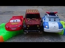 MCQUEEN and ROBOCAR POLI, Race With a Mad Car, Track Car, Toys Review For Kids.