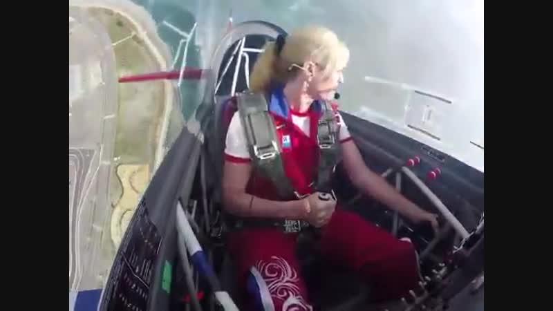Светлана Капанина - российский пилот, семикратная абсолютная чемпионка мира в же ( 360 X 480 ).mp4