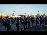 В Минске возле Дворца спорта минутой молчания почтили память жертв трагедии в Кемерово