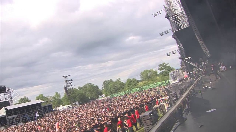 Bullet For My Valentine - You Want a Battle (Heres a War) - Live at Hellfest 2016