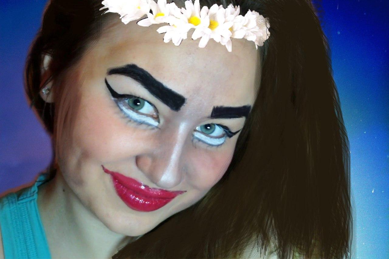 Не очень страшный макияж