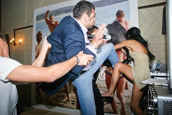 вульгарное поведение украинок и россиянок фото