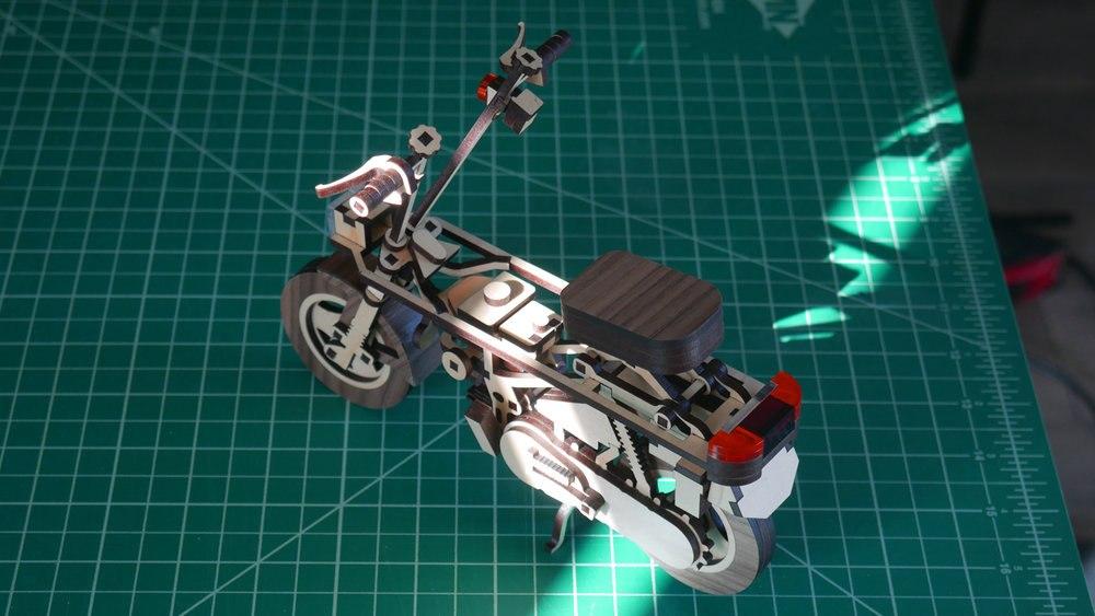 Деревянная моделька скутера Laser Compo (Honda Motocompo)