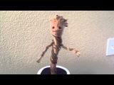 Танцующий малыш Грут