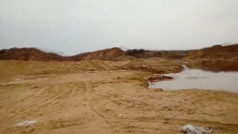Экологическая катастрофа в д. Морево. Анатолий Баташев Глава должен сам нюхать это говно!