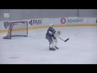 Вратарь «Трактора» станцевал на матче в поддержку Чемпионата России по Фигурному Катанию