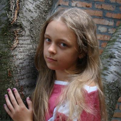 Olya Permyakova, 18 июля , Шахты, id218185398