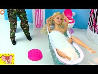 Мультик Барби СОБИРАЕТСЯ НА СВИДАНИЕ Купается в ванне с пеной Игрушки и Игры дл...