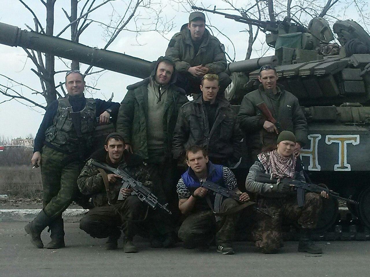 Украина в состоянии войны. Нельзя не видеть танки и БТРы агрессора на Донбассе, - Коморовский в Раде - Цензор.НЕТ 5133