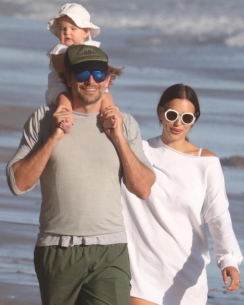 Западные СМИ пишут, что Ирина Шейк и Брэдли Купер не живут вместе.