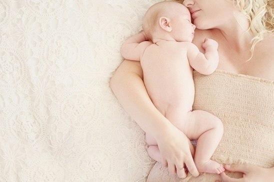 Спит тихонько дочка