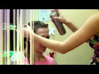 Видео Утренние сборы в студии плетения кос