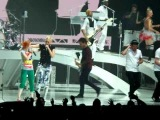 No Doubt with Hayley Williams and Bedouin Soundclash Live in Winnipeg