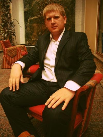 Владислав Яколин