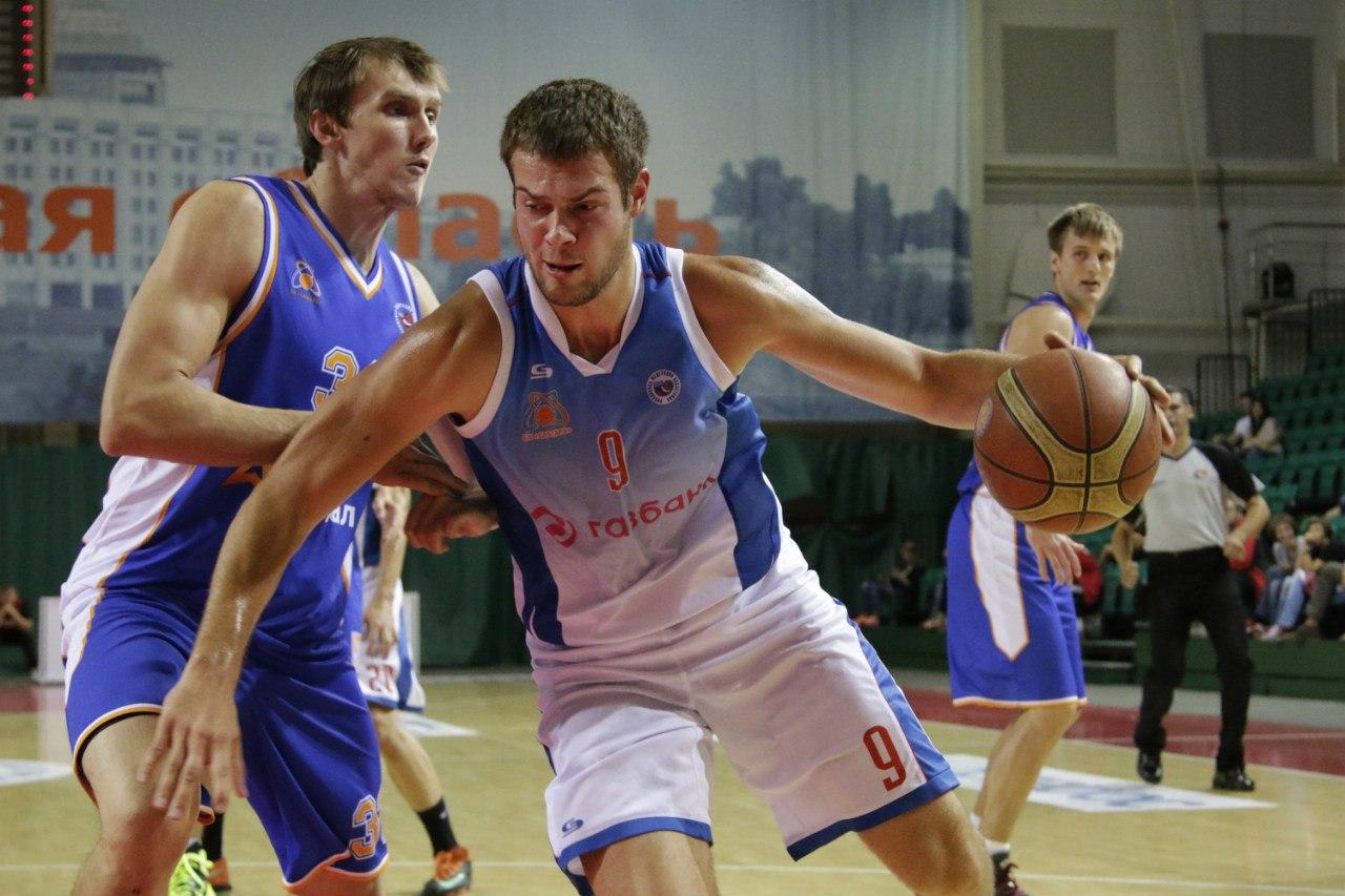 «Чем раньше ты уйдешь в «мужской» баскетбол, тем для тебя лучше». Почему из «молодежки» ЦСКА уходят в Высшую лигу