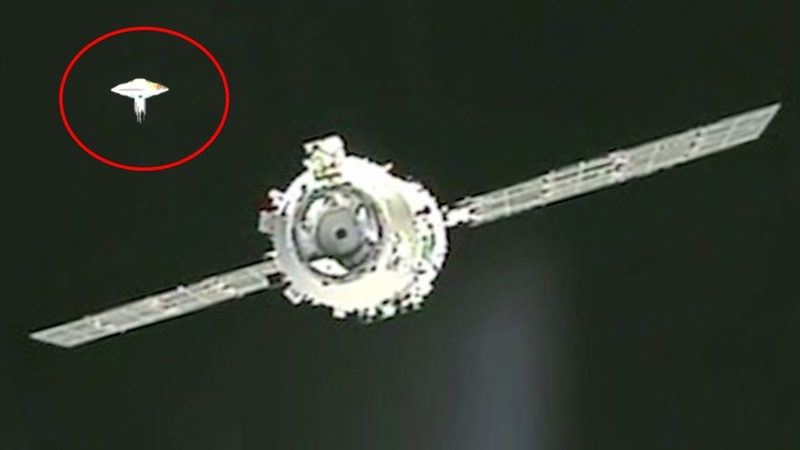 2 UFO's Seen During The Tiangong 1 and Shenzhou 8 Undocking More UFO News