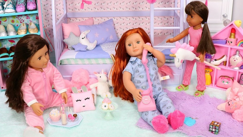 Doll Kawaii Bunk Bed Bedroom Tour with Squishies and Plush Toys for Dolls!