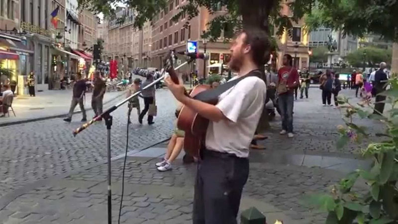 Amy Winehouse Back to Black Matt Rose cover Busking in the streets of Brussels Belgium