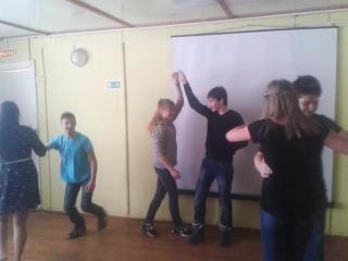 Конкурс на 23 февраля Белый танец команда Защитники