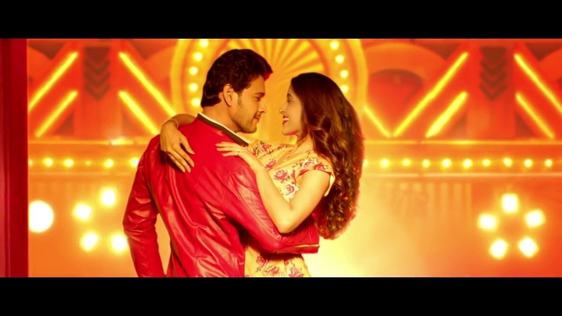 Closeup Presents Paas Aao feat. Mahesh Babu - Telugu