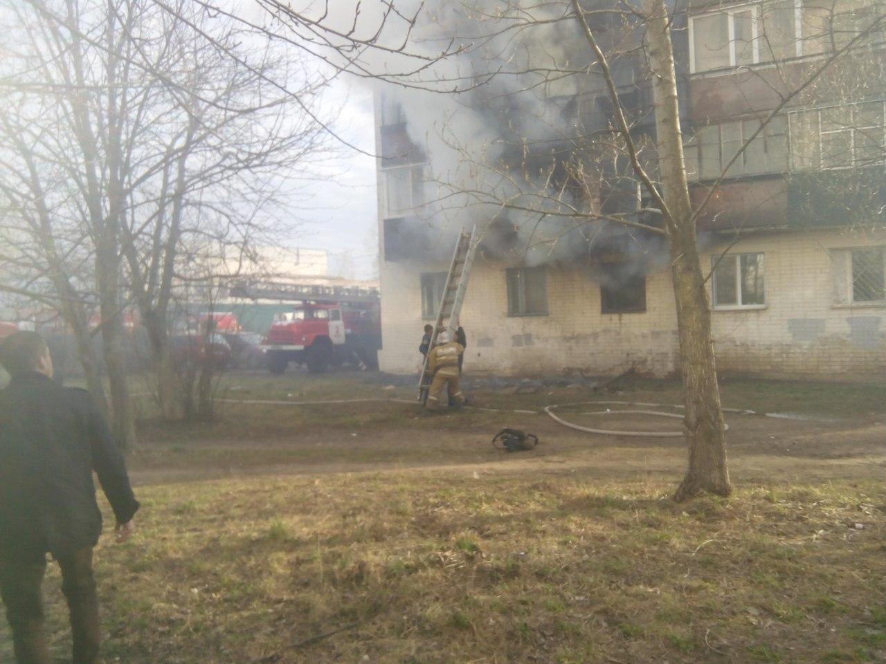 ВСеверном районе Орла впроцессе пожара вквартире погибли двое