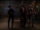 Tanec v bare.avi