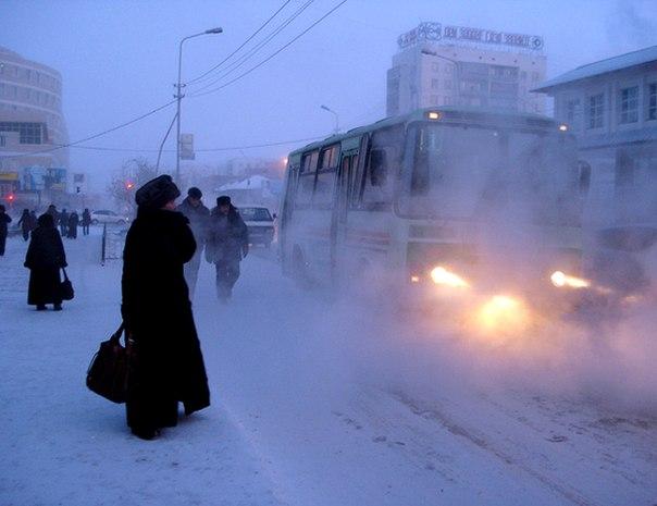 С 1 декабря вносятся изменения в схемы движения маршрутов 64, 77 и 93.