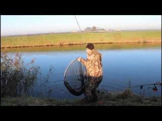 Рыбалка на щук монстров у дороги.