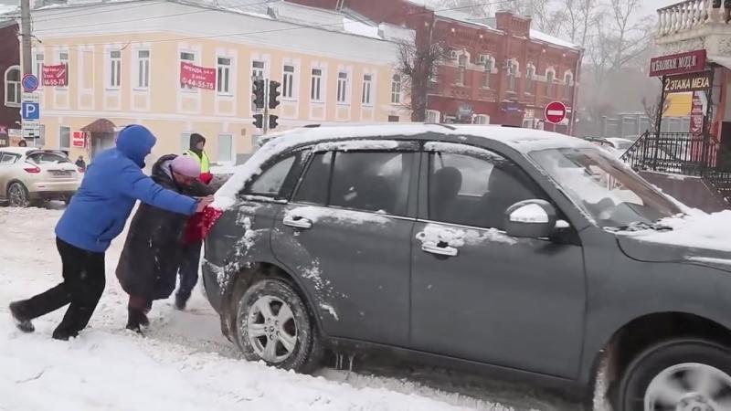 история повторилась Вятка зимой (снегопад в Кирове 22 апреля 2018 г)