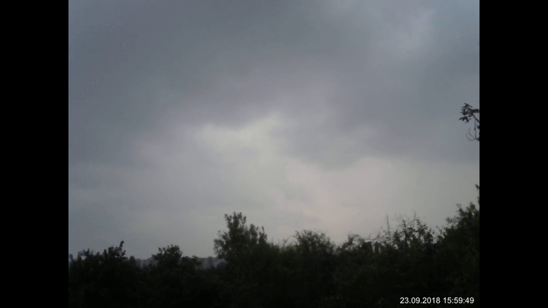 Ливень гроза ветер в Луганске 23 сентября