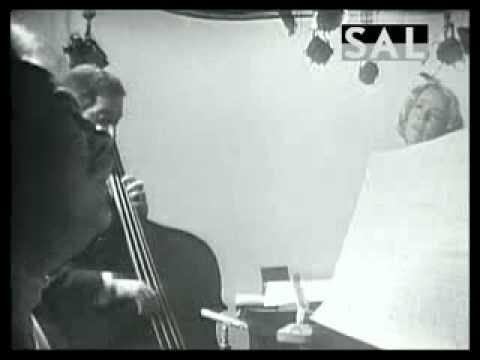 Jeanne Moreau - Pensez que le soleil 1968