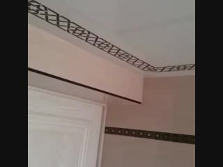 Натяжной потолок в санузле с фотопечатью.