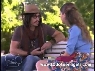 Виолетта 2 - Анжи и Херемиас разговаривают в парке - 53 серия