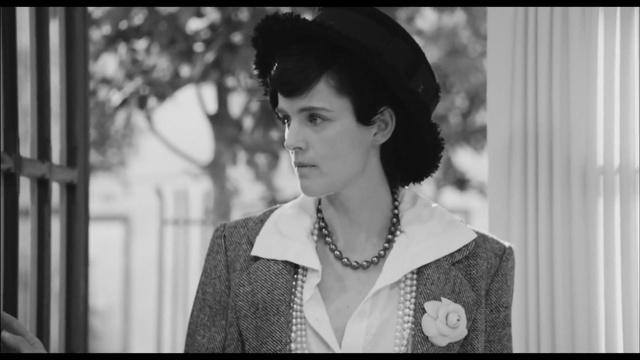 Coco Chanel (Keira Knightley) in Once upon a time - 2013 (рус.субтитры) » Freewka.com - Смотреть онлайн в хорощем качестве