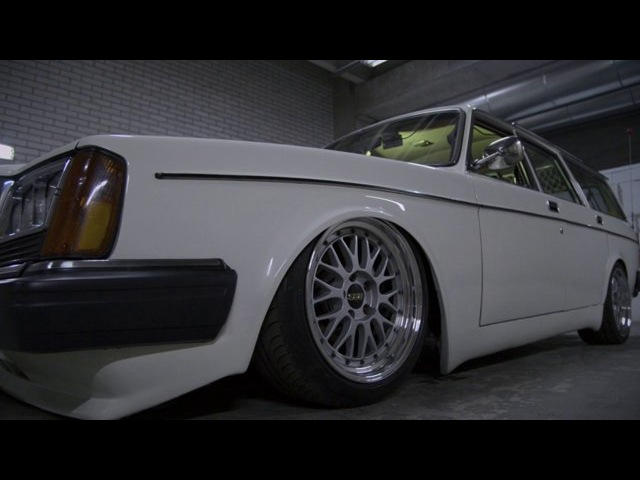 Swedishmetal Volvo 245 California