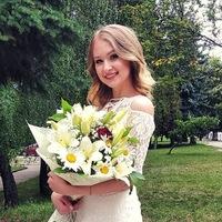 Аватар Юліи Мініч