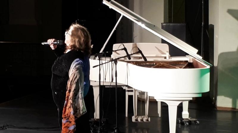 Нина Ижболдина Край берёзовый (муз. А.Броневицкий - сл. И.Резник)