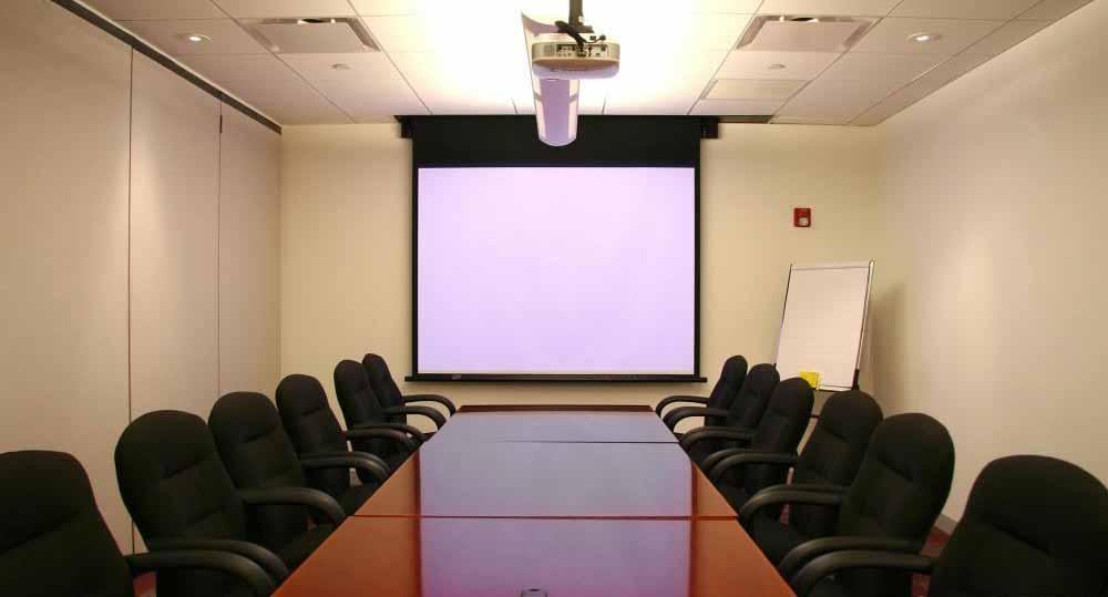 Конференц-залы часто распределяются между предприятиями в одном и том же пространстве.
