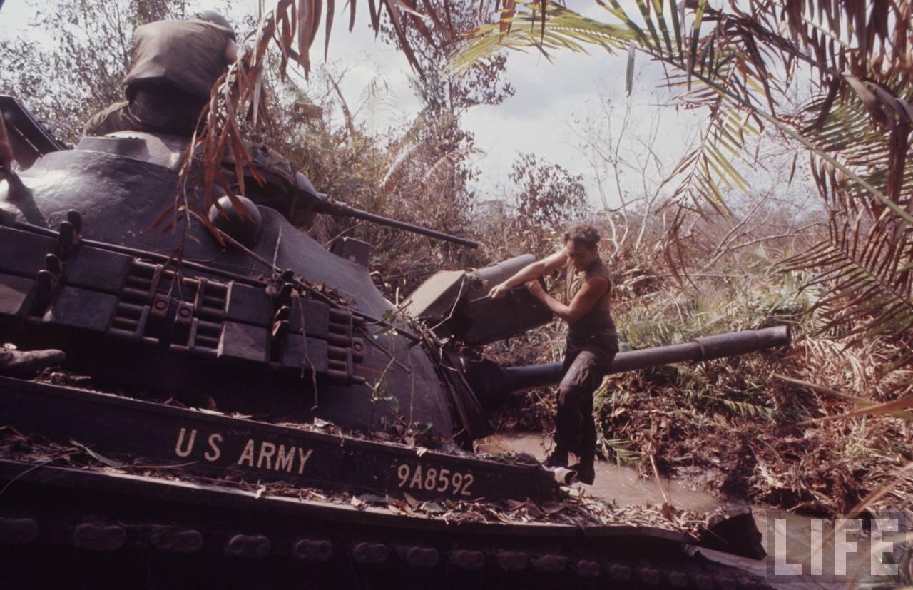 guerre du vietnam - Page 2 IhcX7sJDfg0