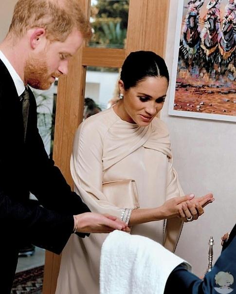 Герцог и герцогиня Сассекские на приеме британского посла в Рабате
