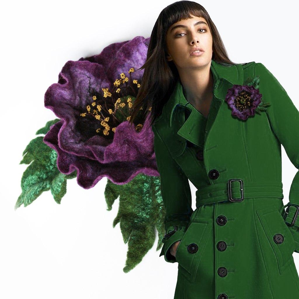 Цветок на пальто фото