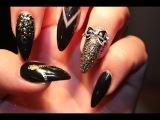 BLACK &amp GOLD CASINO NAILS