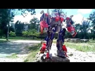 Трансформеры. Оптимус Прайм (Optimus Prime). Живая сьемка.