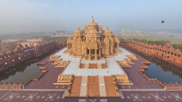 Индуистский храм Акшардхам в Дели, Индия