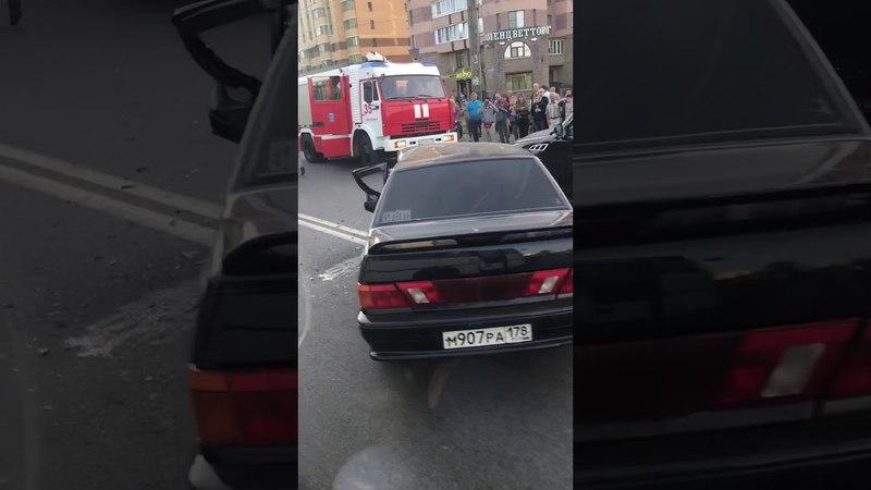 Авария Санкт-Петербург,на проспекте Ветеранов 24.05.18