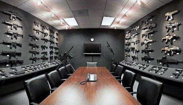 EtePZ1kgf68 - Любовь к огнестрельному оружию