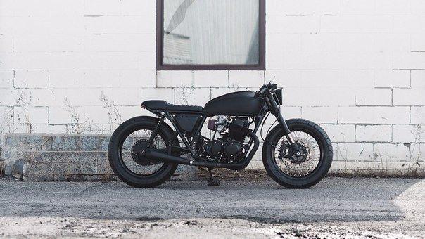 Кастом Twenty2 1978 Honda CB750 - Clockwork Motorcycles