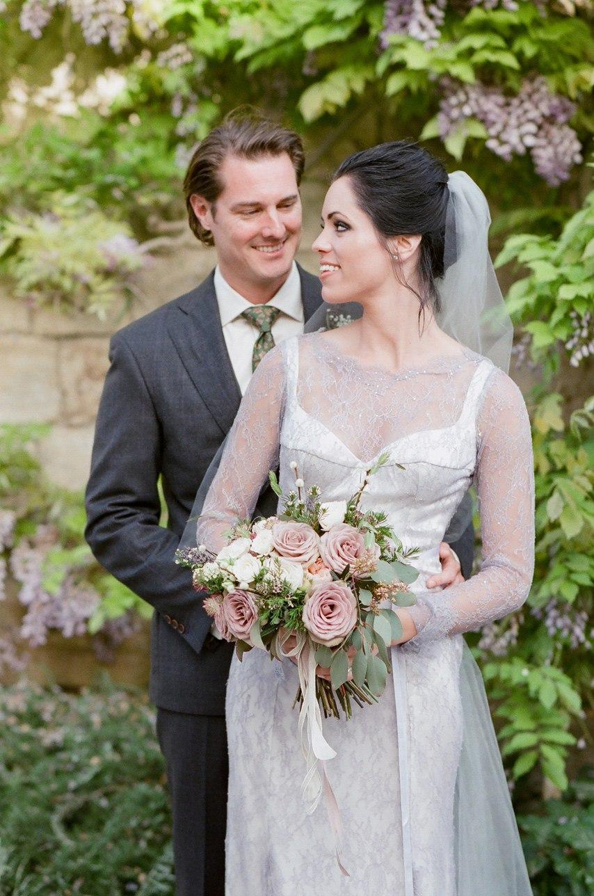 sKTAjv1a8GE - Цветное платье невесты