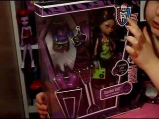 Обзор и распаковка куклы